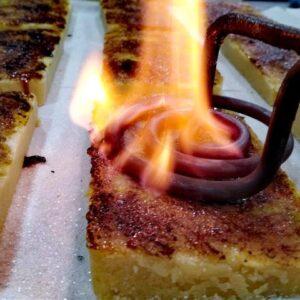 Turron de almendra con Yema tostada